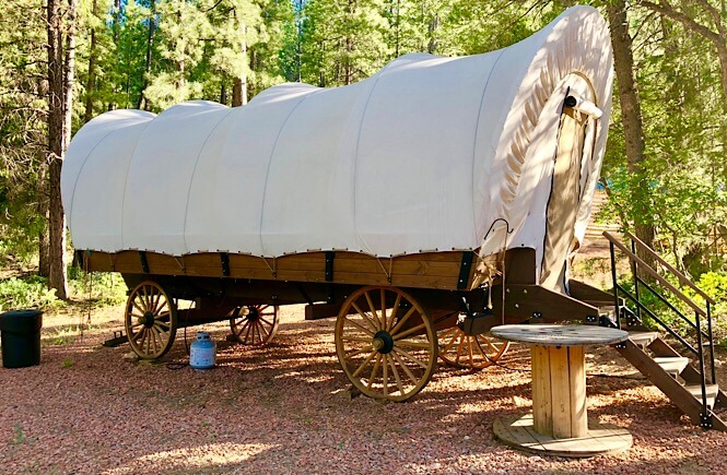 Glamping Utah- staying in a conestoga wagon!