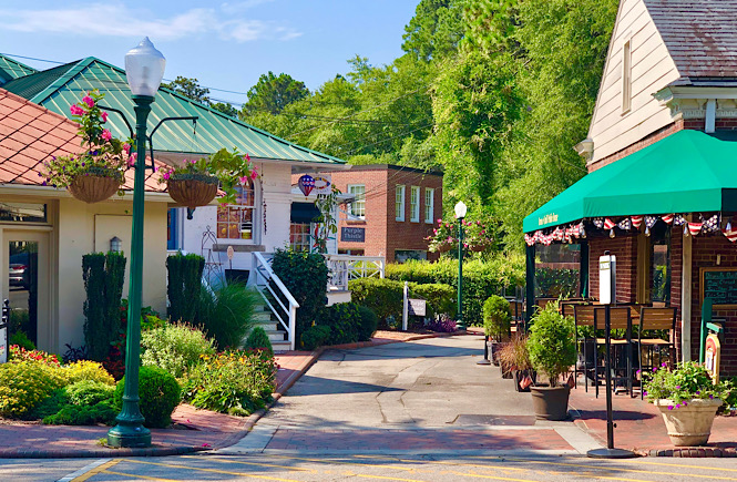 Shopping at the PInehurst Shops is one of the most fun things to do at the Pinehurst Resort.