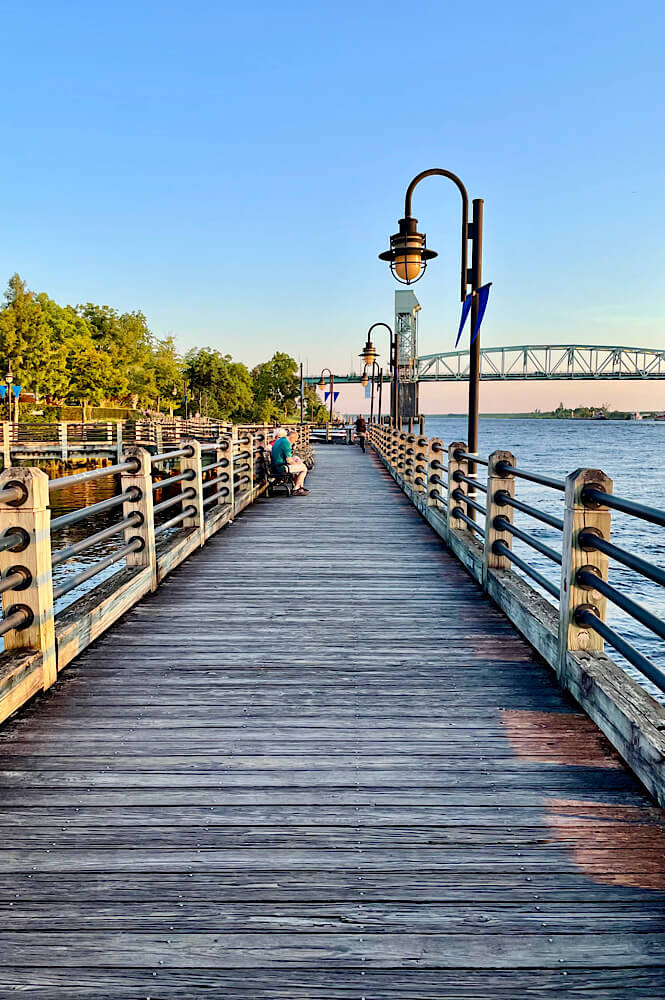 The Riverwalk in downtown Wilmington North Carolina is a great winter weekend getaway in the US!