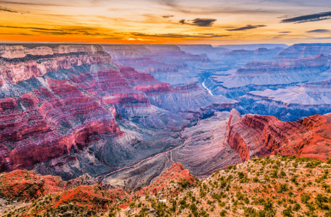 One of the best adventure vacations in the USA has to be a trip to the Grand Canyon! Stock photo courtesy of Canva.