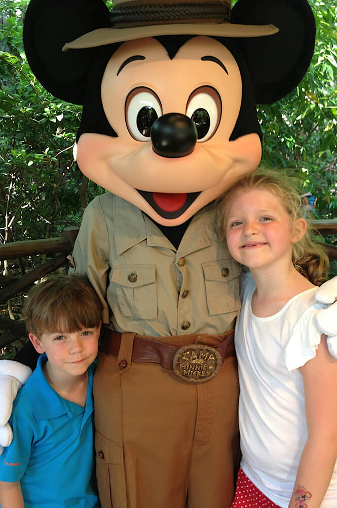 Meeting Mickey Mouse at Disney World in Florida belongs on every USA bucket list!