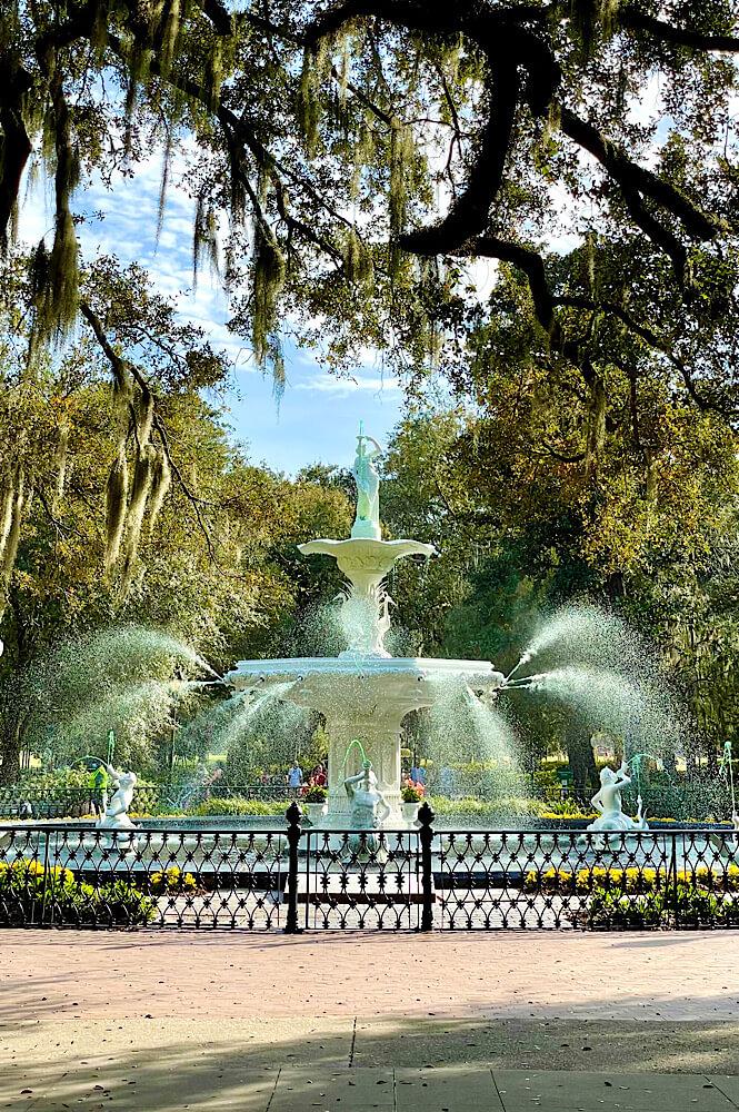 Forsyth Park in Savannah Georgia is a great weekend getaway from NC.